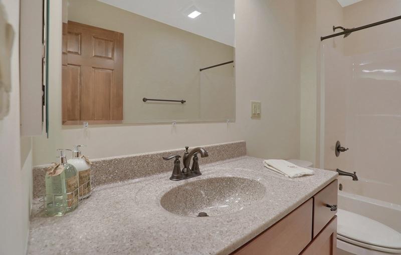 greenville-bathroom-small
