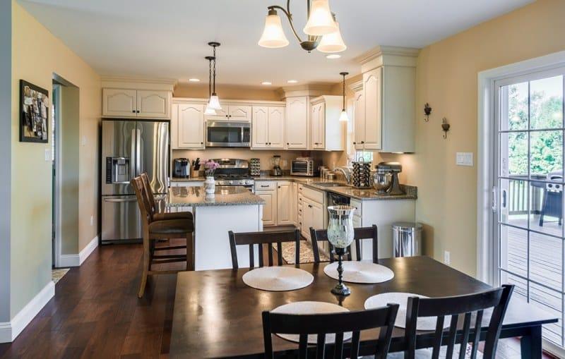 jamestown-kitchen-2-small