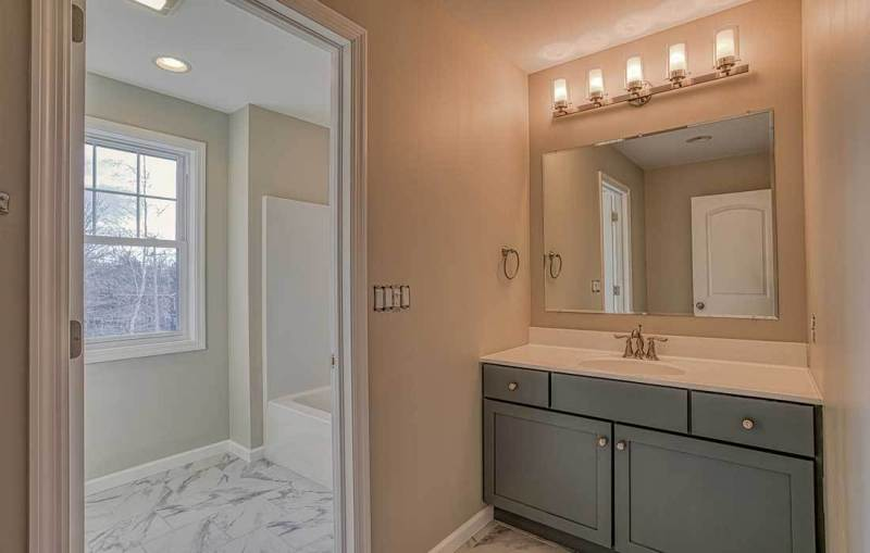 meridian-bathroom-small