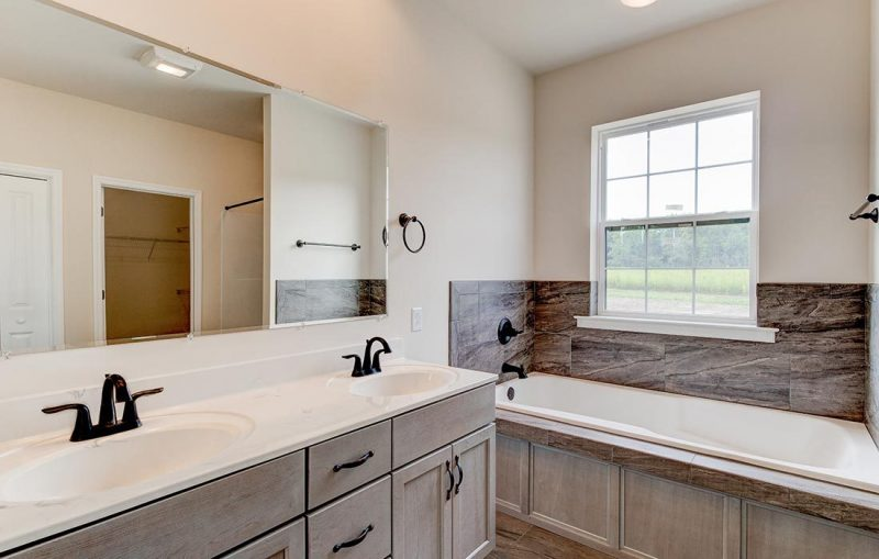 rutherford-bathroom-small