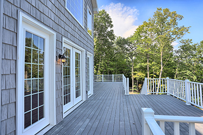 Deck and Exterior